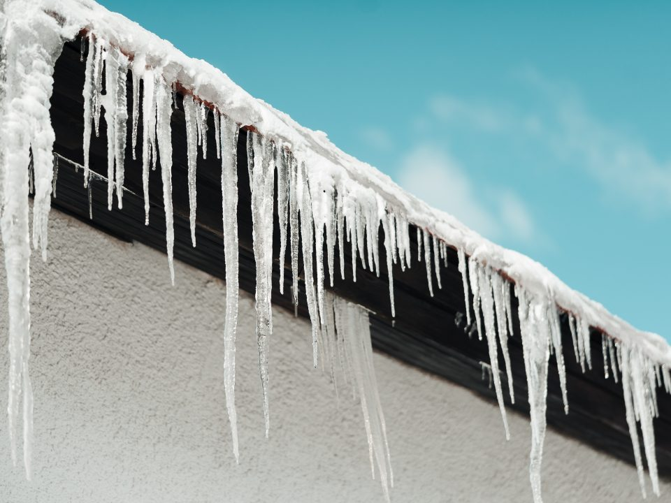 icicles-hanging-from-roof